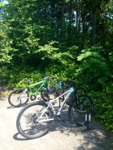 Mountain bikes on the Bellevue College campus