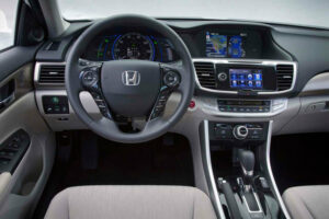 2013-Honda-Accord-PHEV-plug-in-hybrid-official-photo-dash-steeringwheel-hondalink-navigation-controls