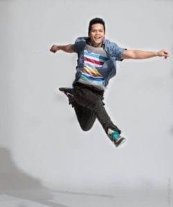 Daniel Cruz jumping