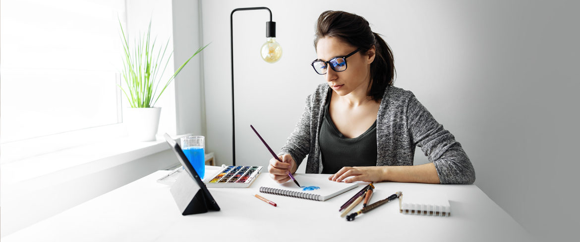 Woman learning painting online