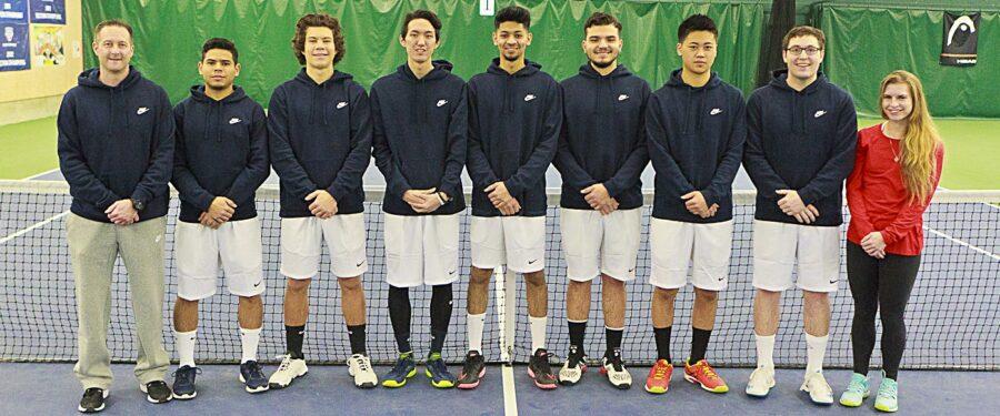 Team photo of 2017 Bellevue College men's tennis teaam