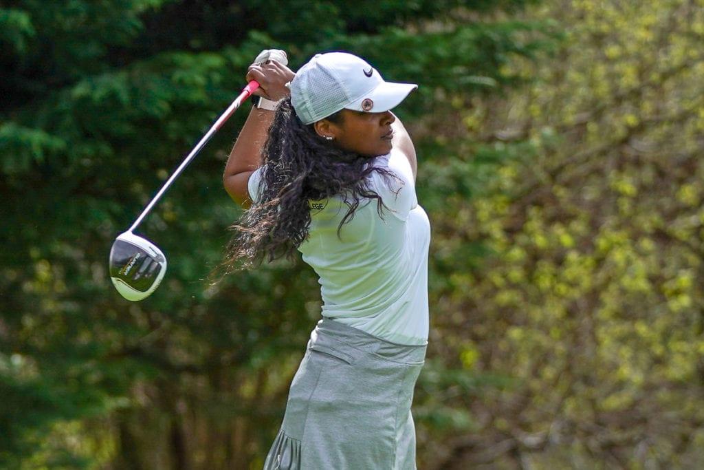 Golf action with Makenzie Milton