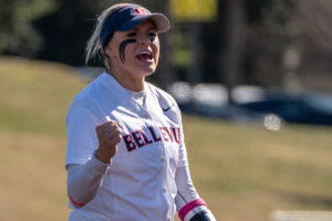 Bellevue Softball - encouraging the team