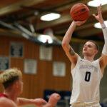 Men's Basketball Topped by Everett 70-64