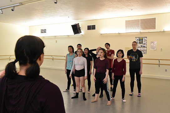 Instructor Laura Peterson teaching dance students