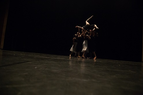 Small contempory dance group performance